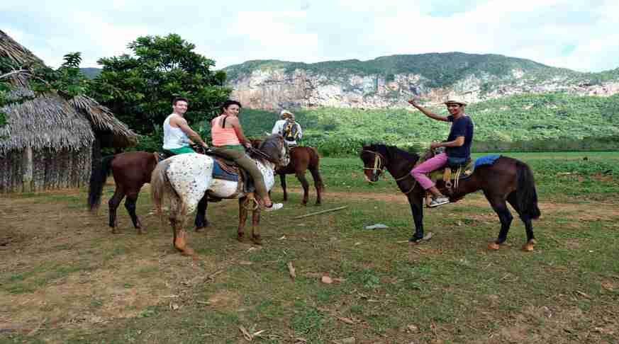 excursions to viñales