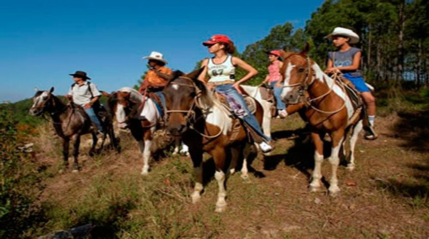 Horse Riding in Viñales
