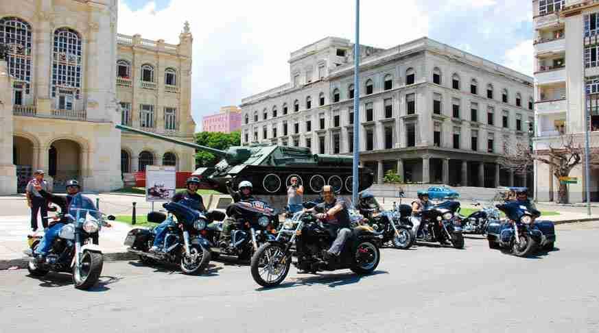 in motobike cuba travel deals. circuito cuba en moto. circuito cuba en motocicleta. Cuba in Moto
