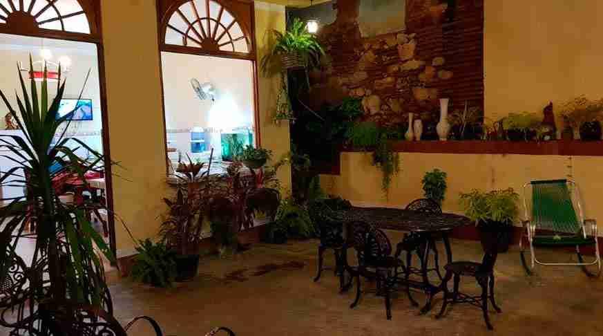 case vacanze a cuba jardines del sol. casa particular trinidad jardines del sol. private house in cuba trinidad jardines del sol