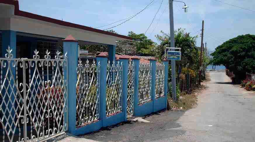 case particular trinidad barrios. hostal trinidad barrios. beach house rental cuba barrios