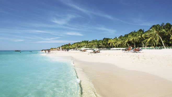 What to see and to do in cuba. ancon beach, trinidad.