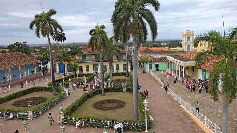 travel cuba tours. agencia de viajes a cuba y trinidad. agenzia di viaggio a cuba