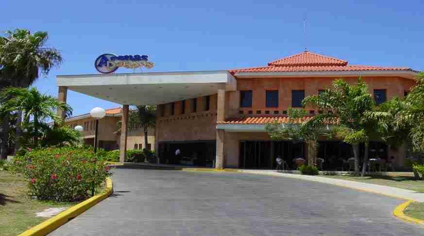 Ofertas de Hoteles en Varadero Cuba. Roc Arenas Doradas. varadero beach hotels. alberghi a varadero