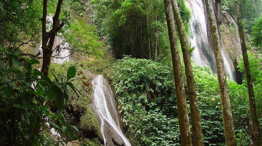 trinidad adventure tour. Waterfall guanayara
